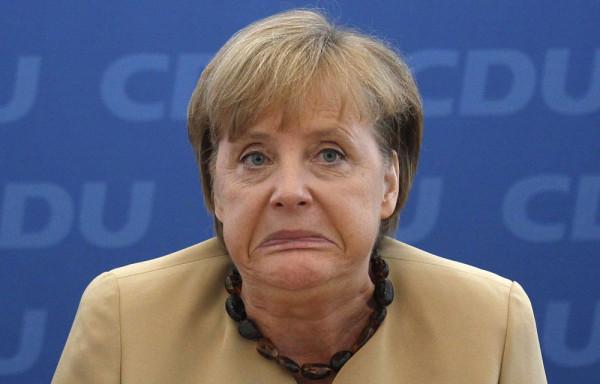 Angela-Merkel-neutralité_net_ditising_europe