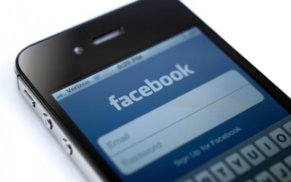 iphone-facebook-app