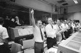 nasa-thumbs-up-mission-control