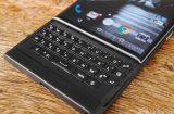 blackberry-priv-live-09