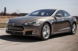 2015-tesla-model-s-70d-instrumented-test-review-car-and-driver-photo-658384-s-original-640x391